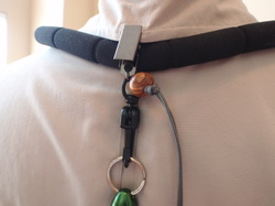 Fly fishing lanyard net holder swivel.